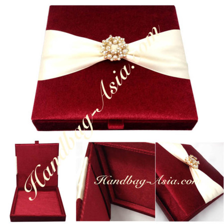 Velvet wedding invitation boxes