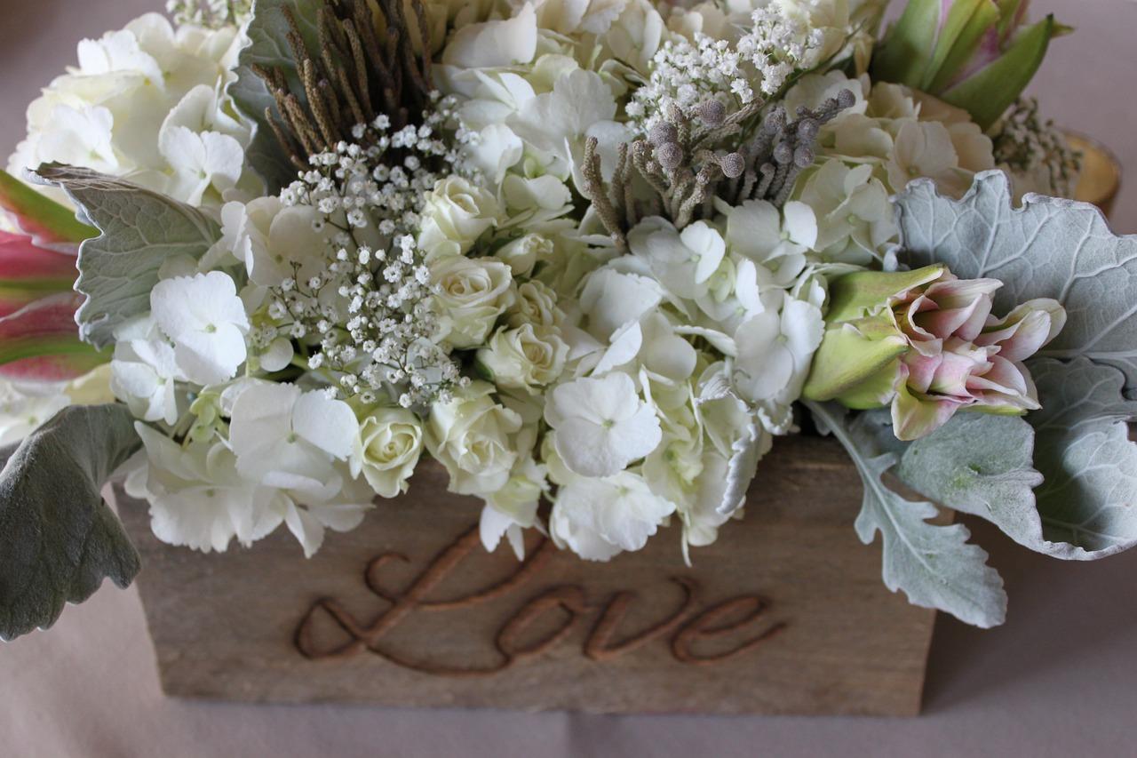Luxury wedding box invitations from Thailand